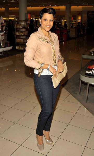 Shaunie o neal and letoya luckett spotted shopping - Shaunie o neal house ...